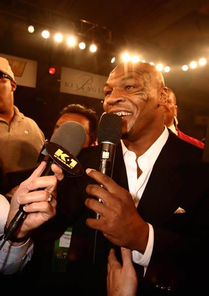 Ax Muay Thai / Kickboxing Forum - Mike Tyson Vs Bob Sapp?